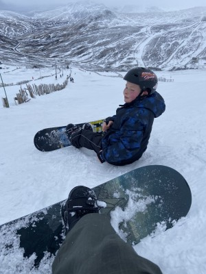 2 =?utf-8?Q?My_son_learning_to_snowboard_at_Glens...